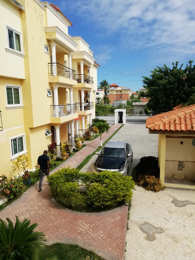venta de apartamento para estrenar en Pueblo BavarO