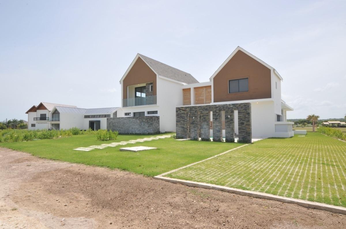 Villa de 3 habitaciones con vistas al campo de Polo