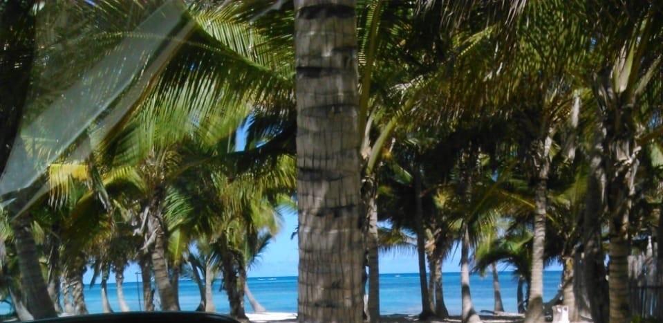 Increible solar con 21 mts de playa
