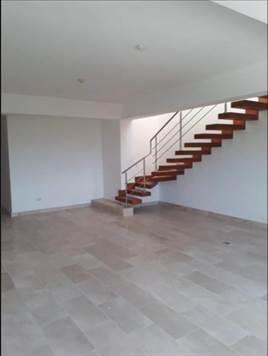 Espacioso Penthouse de 3 habitaciones a la venta en Punta Cana