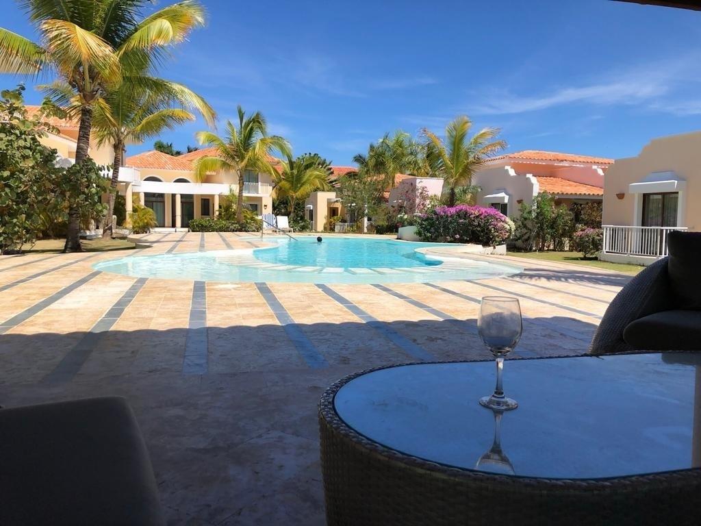 Alquilo villa 3 habitaciones de un solo nivel en Cocotal